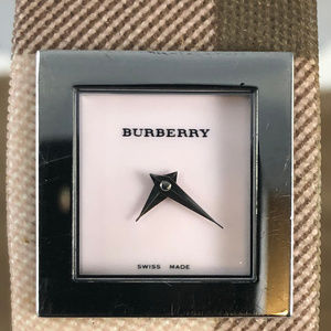 Burberry Signature Collection Wrist Watch Bracelet